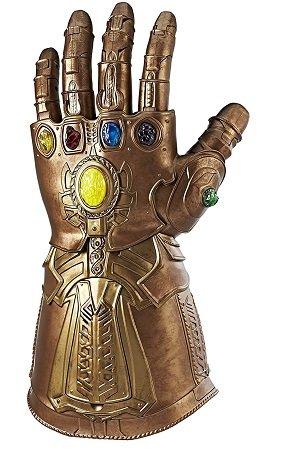Hasbro Marvel Avengers Infinity War Gauntlet für 51,21€ inkl. VSK (statt 93€)