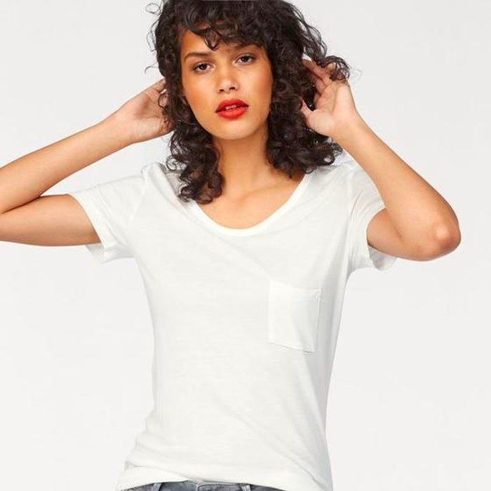 Damen T-Shirt 'WOYIBA' für 13,46€ inkl. Versand (statt 20€)