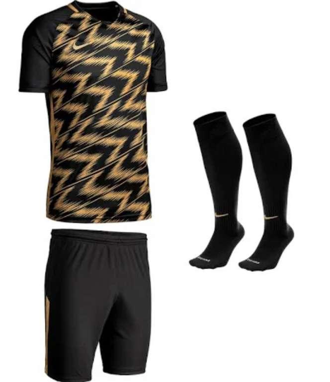 Nike Trikotset Sonderedition ClubZone Energy für 31,95€inkl. Versand (statt 40€)