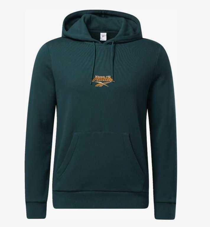 Reebok Classic Kung Fu Panda Sweatshirt für Herren in Grün für 23,95€ inkl. Versand (statt 51€)