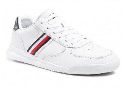 Tommy Hilfiger Lightweight Leather Sneaker für 74€ inkl. Versand (statt 84€)