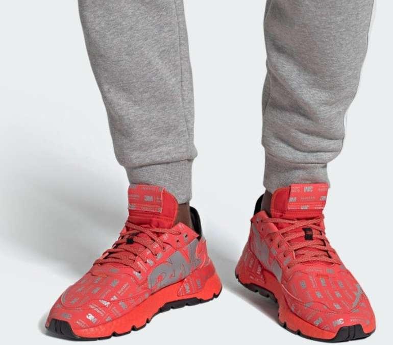 """Adidas Nite Jogger Herren Sneaker im """"Hi-Res Red / Silver Metallic""""-Colourway für 79,99€ (statt 136€)"""
