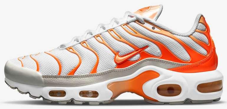 Nike Air Max Plus Damen Sneaker in Atomic Orange für 101,97€ inkl. Versand (statt 170€)