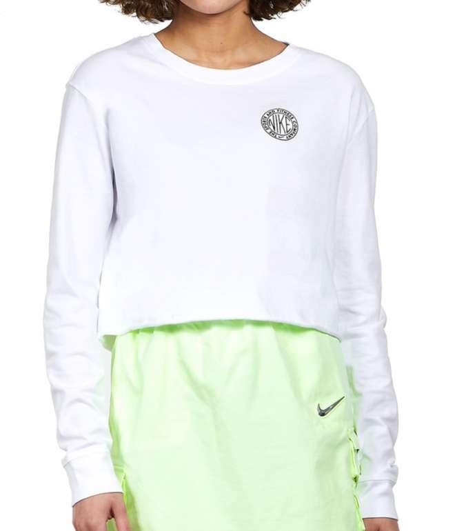 Nike Sportswear Femme Damen-T-Shirt für 17,46€ inkl. Versand (statt 25€)