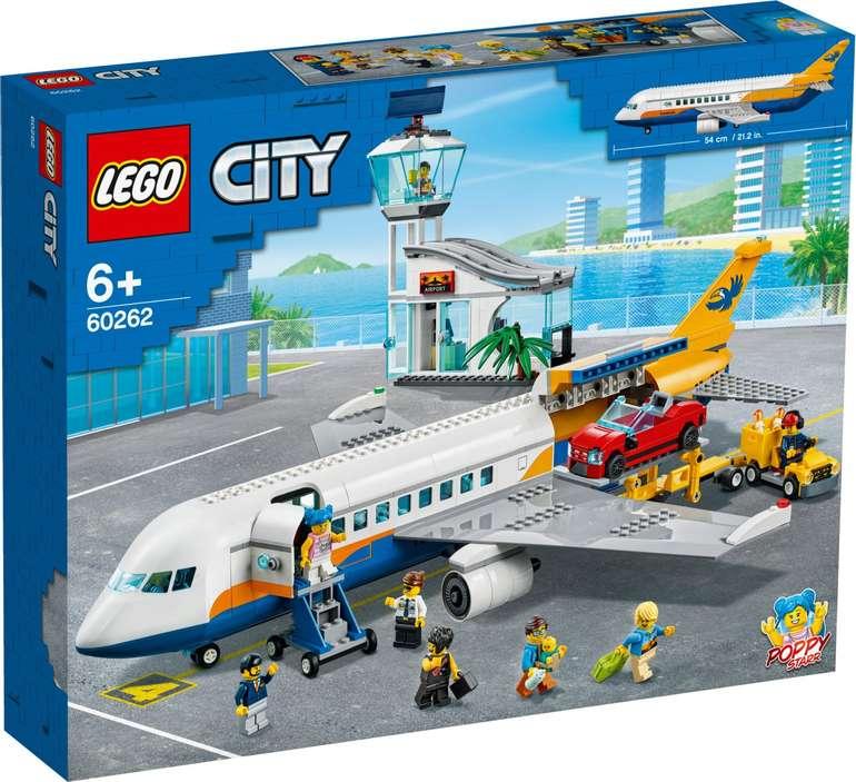 Lego City 60262 - Passagierflugzeug für 64,89€ (statt 70€)