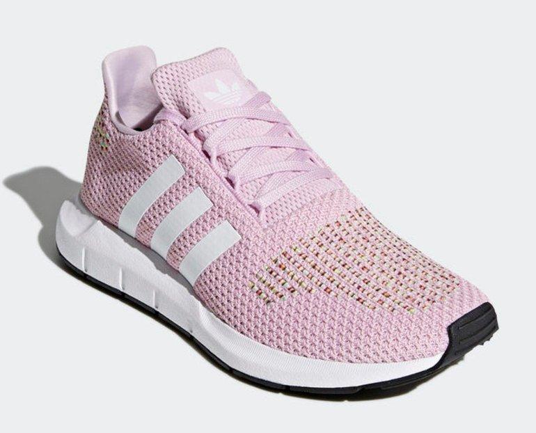 Adidas Swift Run (viele Größen) für 44,98€ statt 64€