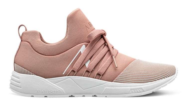 Arkk Copenhagen Damen Sneaker (vers. Farben) ab 59,99€ inkl. Versand (statt 80€)