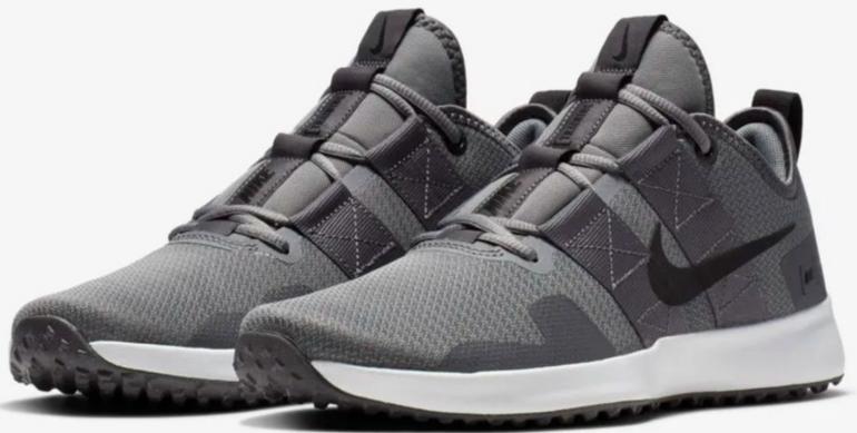 Nike Varsity Compete TR 2 Herren Sneaker für 39,18€ inkl. Versand (statt 58€)