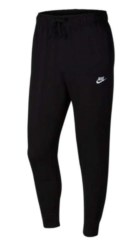 Nike Club Jogger Jersey Jogginghose in Schwarz für 20,81€ inkl. Versand (statt 29€)