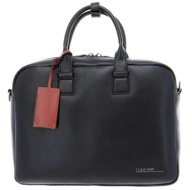 Calvin Klein Laptoptasche mit Metall-Logo für 84,99€ inkl. Versand (statt 107€)