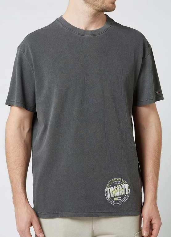 Tommy Jeans T-Shirt aus Bio-Baumwolle (2 Farben) für 12,99€inkl. Versand (statt 20€)