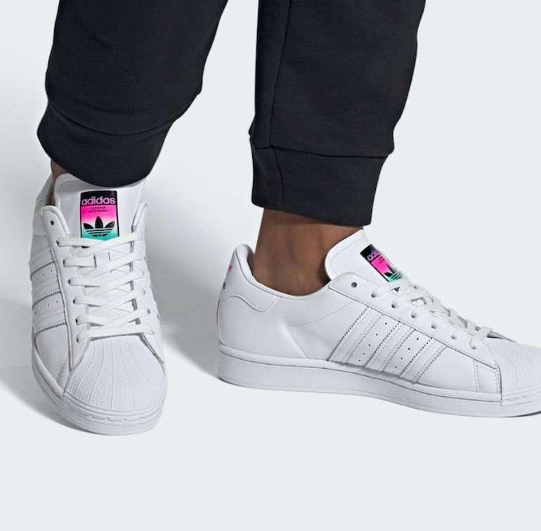 Adidas Originals Pharrell Williams Superstar Herren Sneaker für 49,99€ (statt 89€)