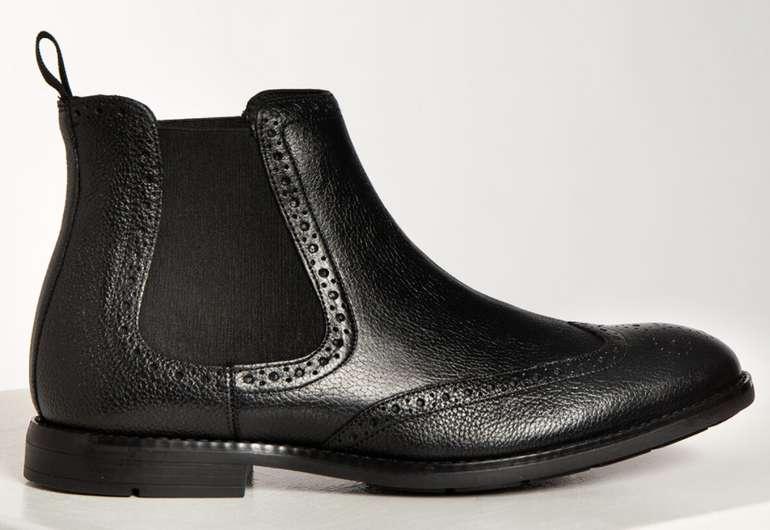Clarks Chelsea Boots Ronnie Top in schwarz für 45,86€ inkl. Versand (statt 57€)