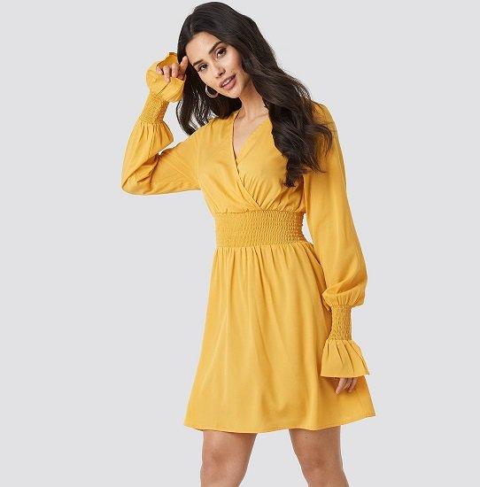 Lady`s aufgepasst! NA-KD Sale bis -60% + 30% Extra, z.B. Gelbes Kleid für nur 12,07€