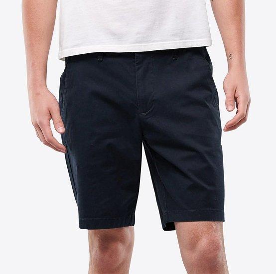 Hollister Herren Shorts in navy für 27,92€ (statt 40€)