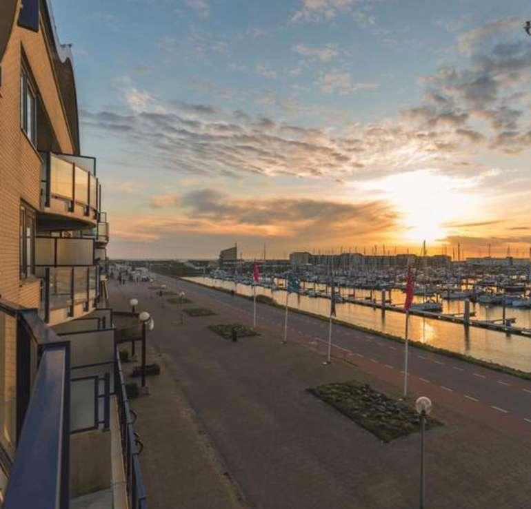 Holländische Nordsee: 4* Leonardo Hotel IJmuiden Seaport Beach inkl. Frühstück, Wellness & Parkplatz ab 84€