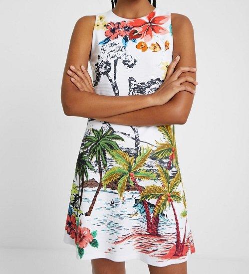 Desigual Sale mit bis zu -60% Rabatt, z.B. Kurzes Kleid mit hawaiianischer Landschaft für 39,98€ (statt 80€)