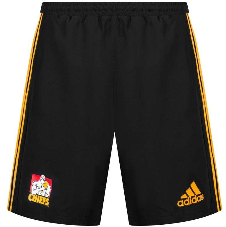 Chiefs und Hurricanes Adidas Rugby Herren Shorts für je 16,54€ inkl. Versand (statt 26€)
