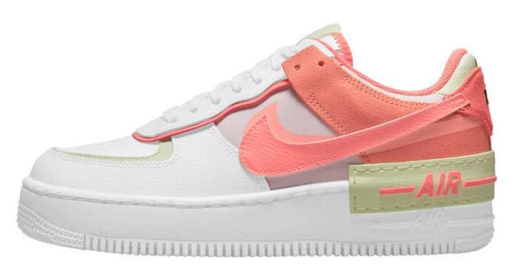 Nike Air Force 1 Shadow Damen Sneaker in Weiß/Orange für 95,21€inkl. Versand (statt 110€)