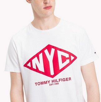 Tommy Hilfiger Sale: Bis zu 50% Rabatt + 10% NL z.B T-Shirt für 17,10€ inkl. VSK