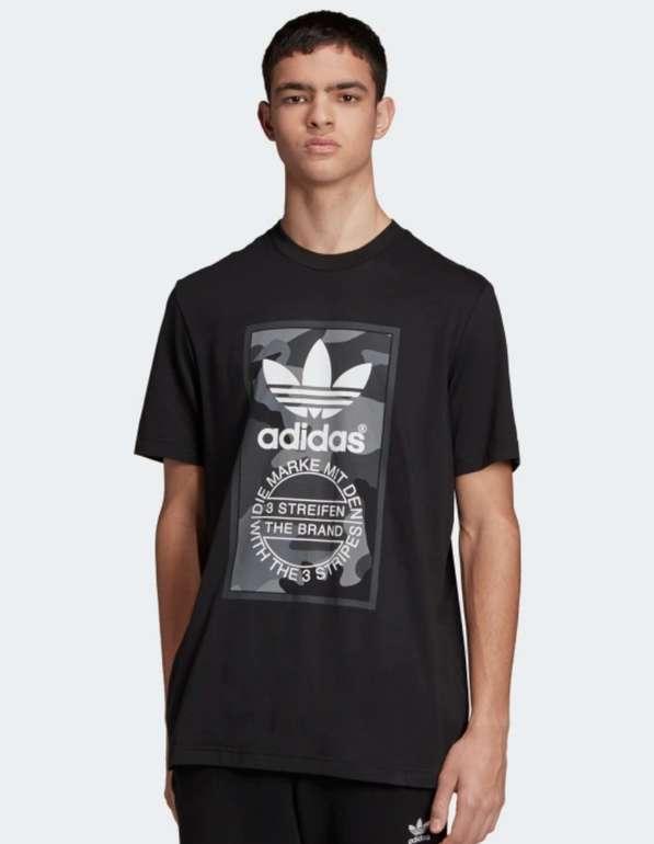 Adidas Camouflage Tongue Label T-Shirt in schwarz für 15,66€ inkl. Versand (statt 26€) - Creators Club