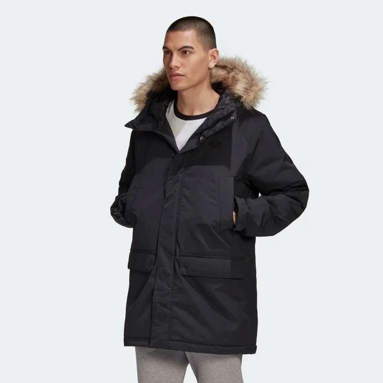 Adidas Herren Long Fur Parka in Schwarz für 78,37€ inkl. Versand (statt 138€)