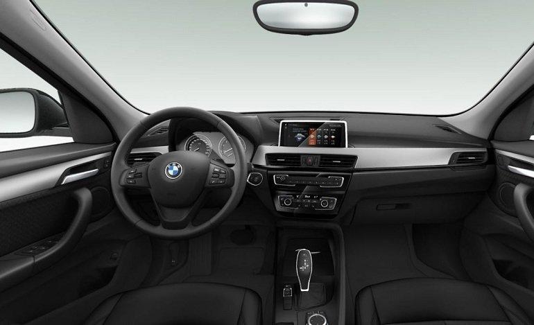 BMW X1 sDrive20i Advantage Leasing 2