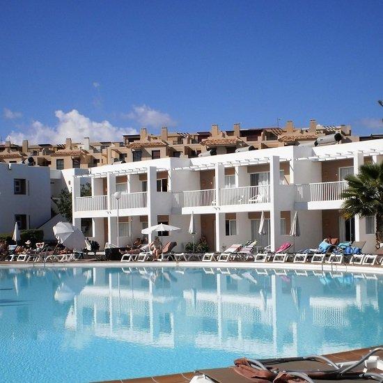 Top! 7 Tage Fuerteventura im 4* Hotel mit All Inclusive, Transfer & Flügen ab 406€ p.P.