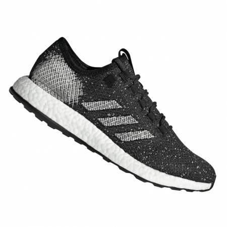 Adidas Herren Laufschuhe PureBoost in schwarz/weiß für 69,95€ inkl. Versand