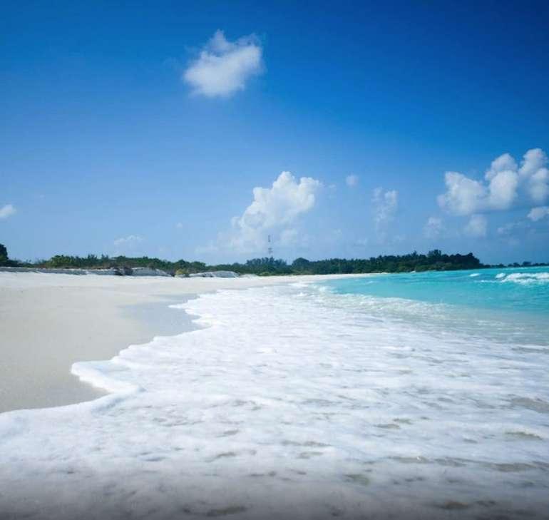 Malediven: 1 Woche im Doppelzimmer des 3* Holiday Mathiveri Inn + Frühstück (kostenlos stornierbar) für 55€ p.P. (Juli-Nov)