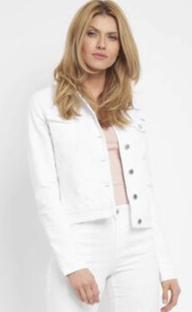 Kurze Jeansjacke von Orsay in weiß, orange oder blau für 14,99€inkl. Versand (statt 30€)