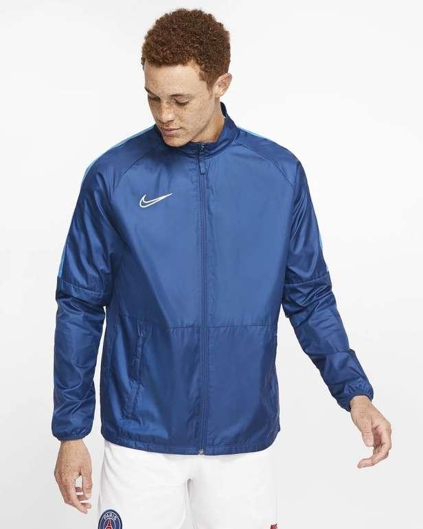 Nike Repel Academy Herren Fußballjacke für 32,28€ inkl. Versand (statt 42€) - Nike Membership!