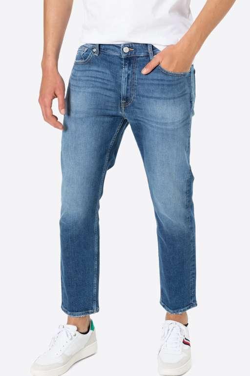 Tommy Jeans Dad Taperd Jeans in blue denim für 35,94€ inkl. Versand (statt 60€)