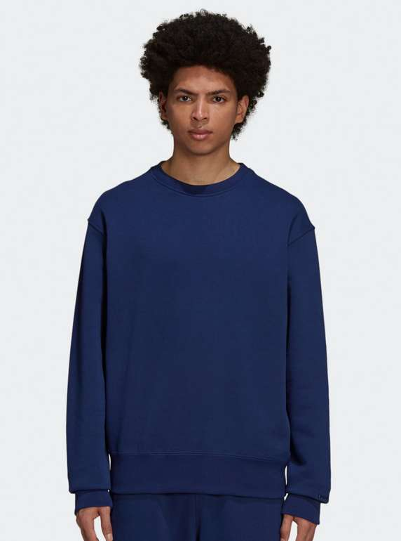 Adidas Originals x Pharrell Williams Basics Crew Sweatshirt in Blau für 27,96€ inkl. Versand (statt 40€)