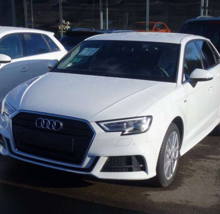 Privat & Gewerbe Leasing: Audi A3 Sportback S-Line Ext. mit 150PS für 199€ monatlich (LF: 0,53)