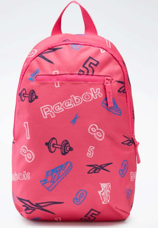 Reebok Sale mit bis zu 50% + 30% Extra + VSKfrei ab 25€ - z.B. Allover Print Backpack Small für 9,08€ (statt 13€)
