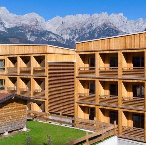 TravelCircus Circus Day - Bis zu 70% auf exklusive Reiseangebote, z.B. 4* Tirol Lodge Ellmau für 65€ p.P.