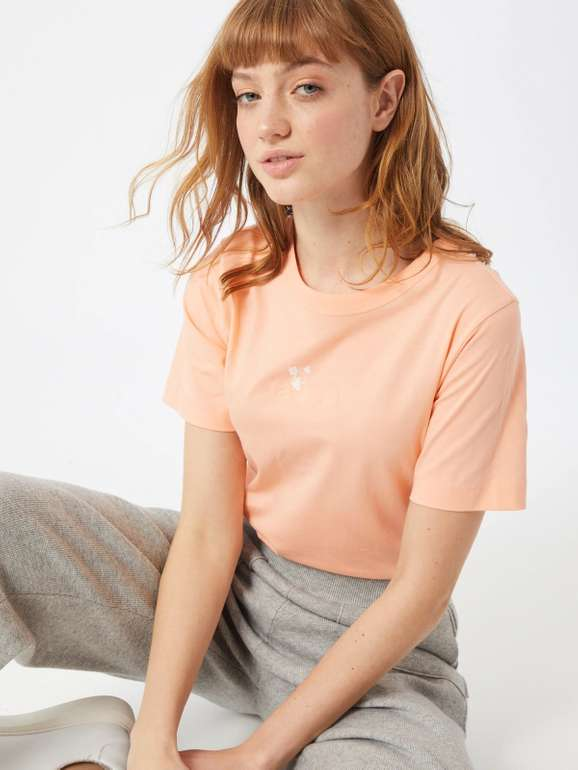 "Boss Damen Shirt ""Tefriendly"" in 2 Farben für je 23,95€ inkl. Versand (statt 54€)"