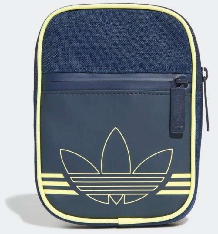 Adidas Originals Spirit FB Tasche für 12,05€ inkl. Versand (statt 18€)