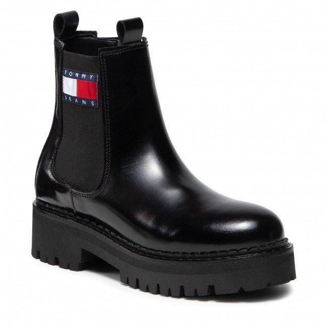 "Tommy Jeans Stiefelette ""Urban Chelsea Boot"" für 135,92€ inkl. Versand (statt 170€)"