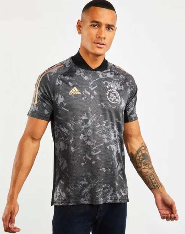 Ajax Amsterdam European All Over Print Jersey für 39,99€inkl. Versand (statt 53€)