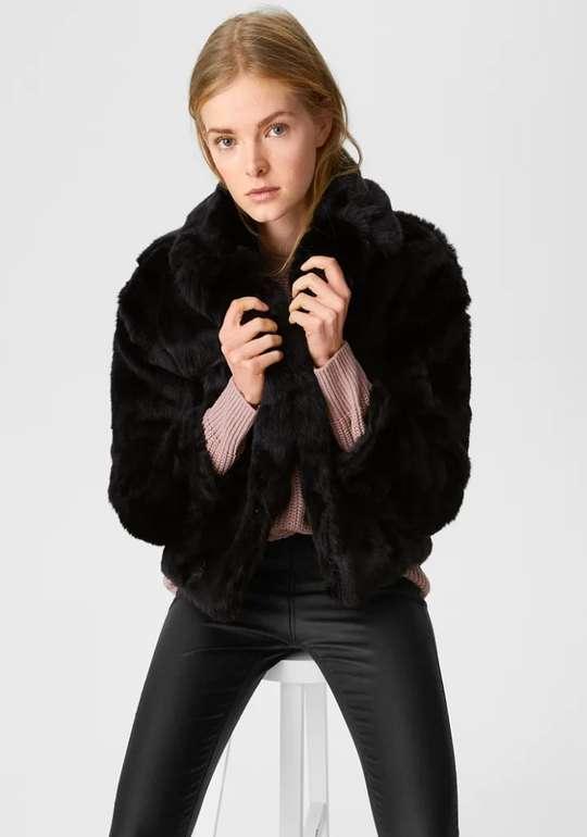 C&A Clockhouse Damen Kunstfell-Jacke in schwarz für 22,49€inkl. Versand (statt 50€)