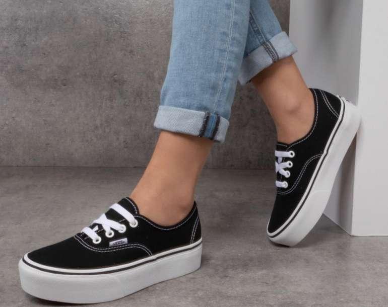 Vans Authentic Platform Damen Sneaker in schwarz für 49,56€ inkl. Versand (statt 60€)
