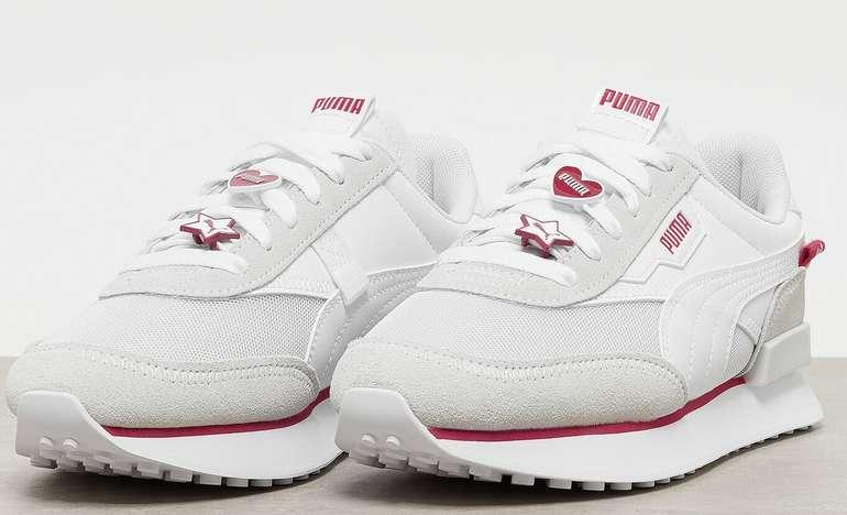 Puma Future Rider Galentines Damen Sneaker für 49,98€inkl. Versand (statt 68€)