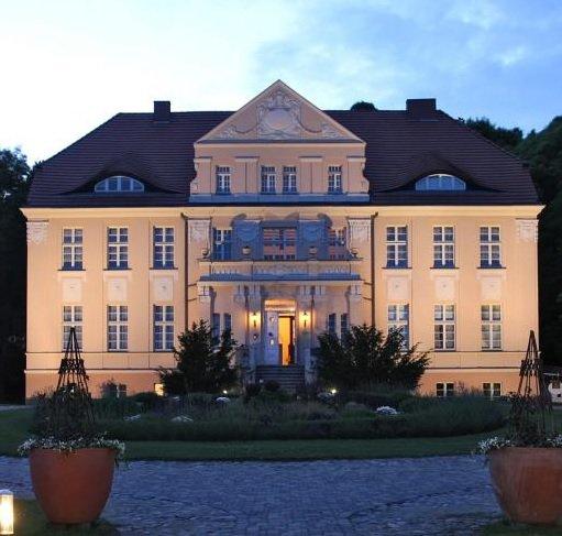 ÜN im 4 Sterne Precise Resort Rügen mit Halbpension & mehr ab 39€ p.P.