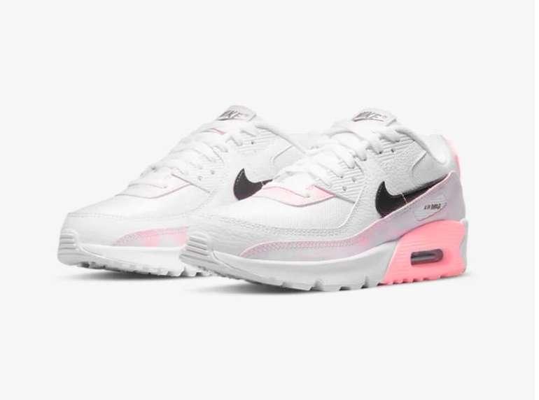 Nike Air Max 90 Schuh in Weiß und Rosa für 76,97€ inkl. Versand (statt 110€)