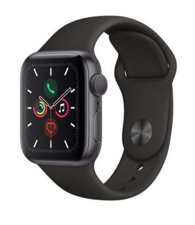 Apple Watch Series 5 (44 mm) GPS in Grau/Schwarz für 355,90€ inkl. Versand (statt 400€)
