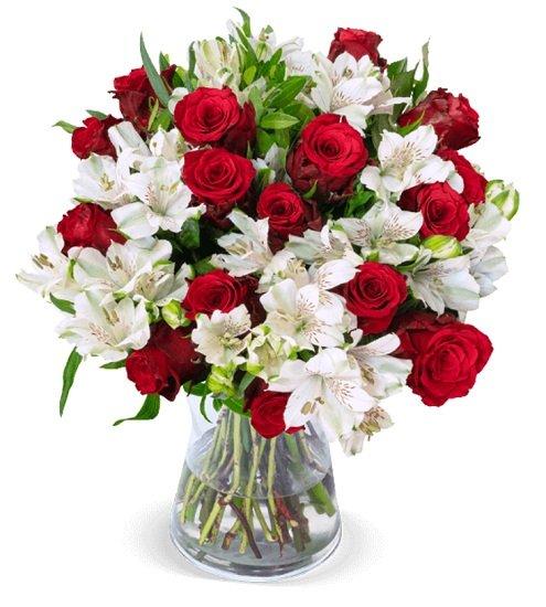 """Rosenarrangement """"Only For You"""" (rote Rosen und Inkalilien) für 24,98€"""