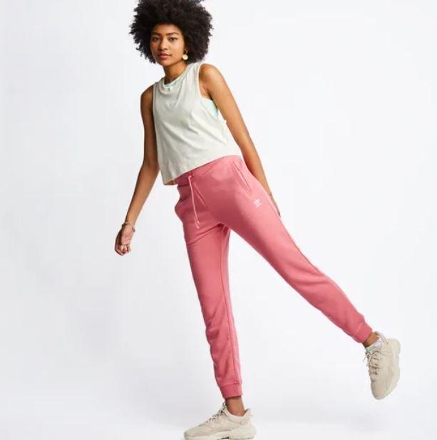 Adidas Originals Cuffed Damen Jogginghose für 31,99€ inkl. Versand (statt 43€)