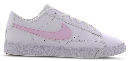 Nike Blazer Low Vorschule Schuhe in weiß/rosa für 29,99€inkl. Versand (statt 37€)